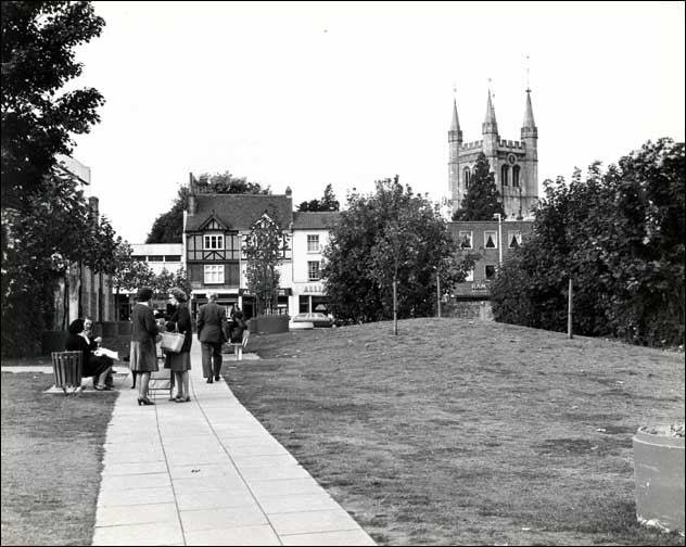 Newbury - The open space between Cheap Street and Bartholomew Street circa 1978